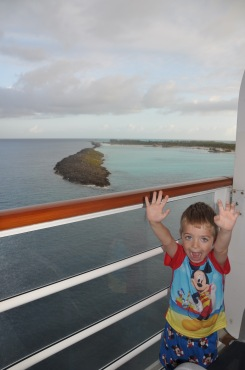 We see Castaway Cay!
